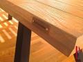 Stableimholz Tischplatte gebürstet und färbig gewachst 4.jpg