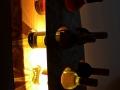 Weinregal 11 Flaschen mit Baumkante Detail 3.jpg